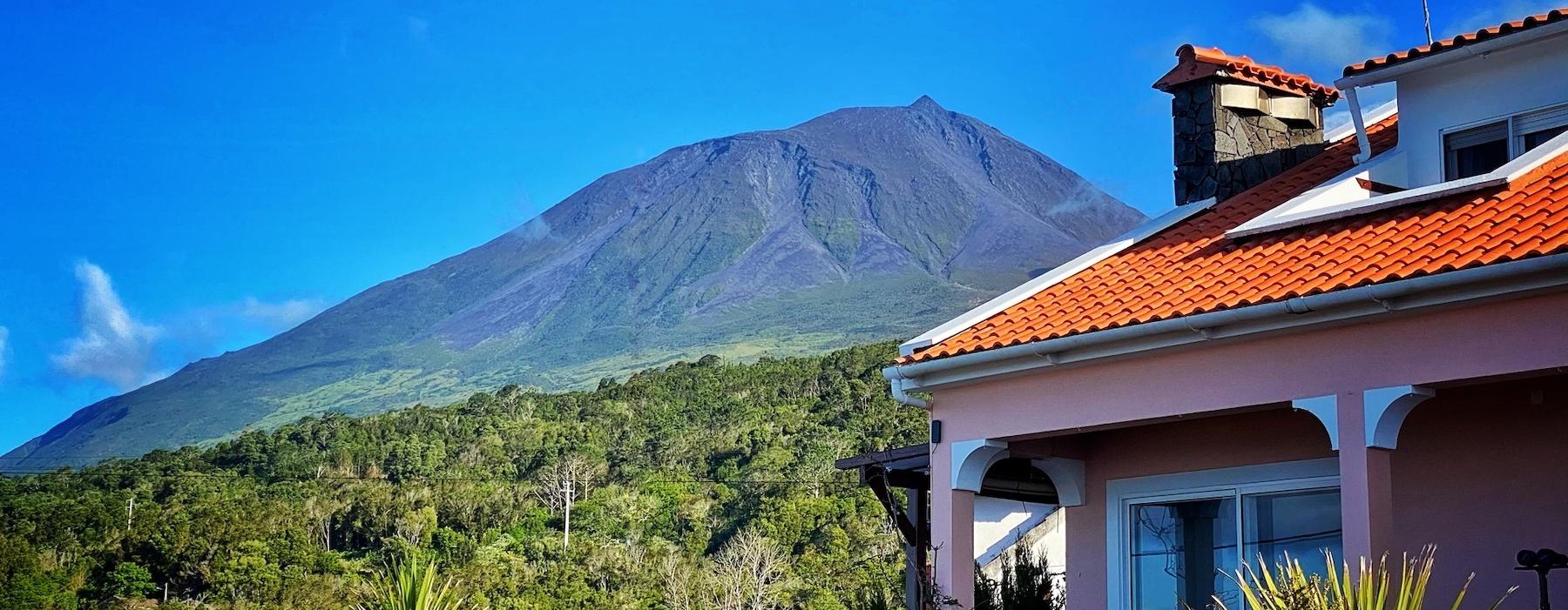 Miradouro Da Papalva and the Majestic Pico Mountain
